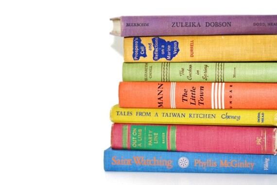Colorful Vintage 7 Book Collection Interior Design Vintage Book Decor