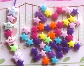 20 grams of 6mm Acrylic stars  (about 300 pcs)