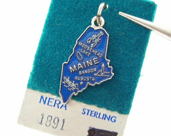 Vintage Charm - Sterling Silver State of Maine Charm for Bracelet with Blue Enamel - Nera - Traditional Charm - Souvenir of Maine Vacation