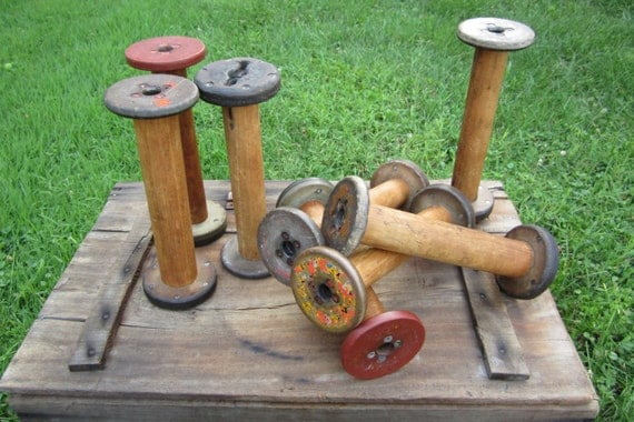 Primitive Antique Wood Spools Industrial Wooden Textile Decor Large Chippy Old