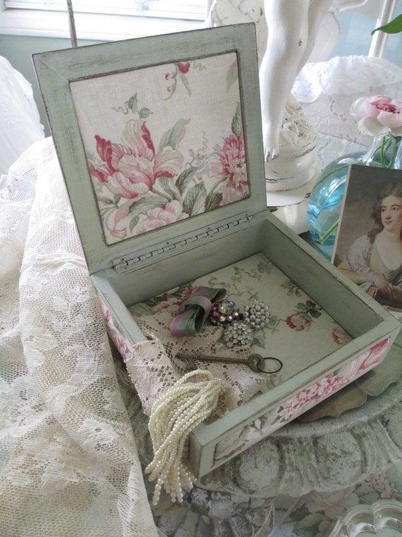 Jewelry Box - Keepsake Box - Shabby Cottage Chic -  Housewares - Velvet Leaves -  Velvet Rose