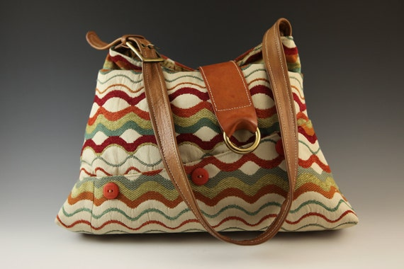 Multi-pocket Shoulder Bag in Rust, Teal, Rust Waves