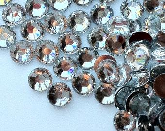 3 mm High Quality 14 Faceted Cut Resin Rhinestone Clear Diamond (.mmmug)