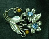 Vintage Signed Little Nemo Silvertoned Rhinestone and Pearl Brooch