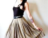 vtg 60's high waist RACCOON skirt / full skirt / Mad Men skirt