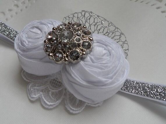 Diadema de bautizo / bautismo diadema / flor chica / flores blancas rodado / fotografía /. ◅
