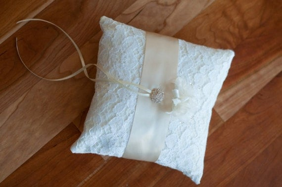 Honiton Lace Pillow Lace Ring Pillow