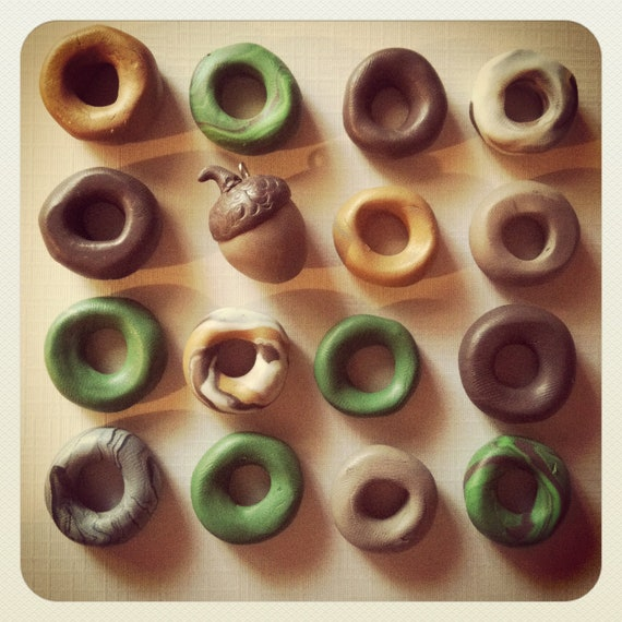Autumn woodland Polymer Dread Beads in assorted solid and marbled colors ((FREE acorn charm))