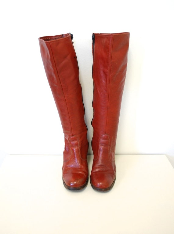 8 // Vintage 70s Rust Leather Knee High Go Go Boots