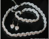 Bridal wedding jewelry set white pearls and mild pink seed beads glamorous and elegant accessory necklace choker and bracelet SALE