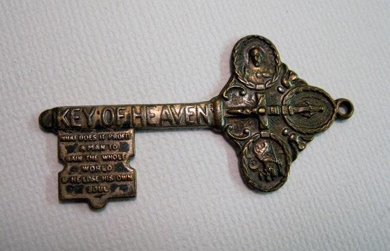 Vintage KEY OF HEAVEN pendant
