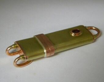 16 GB steampunk flash drive.