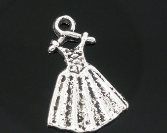 10 Dress Charms - Antique Silver - 19x13mm - Ships IMMEDIATELY from California - SC382