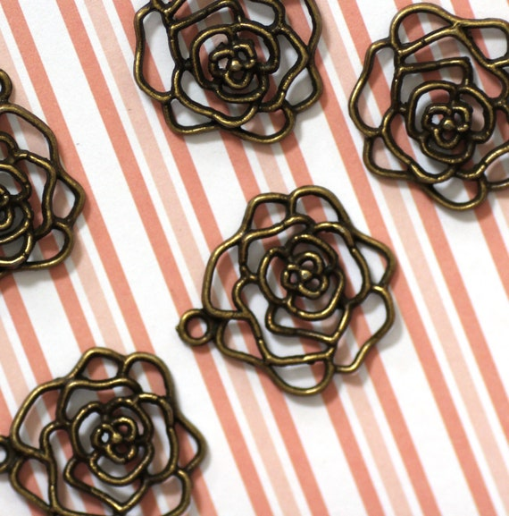 5pcs Antique Bronze Rose Charms 28x26mm - Ships Immediately from California - BC86