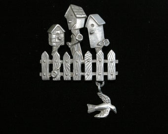 Pewter Brooch - Bird Houses and Bird-  1980's - Charming - Spoont 4189