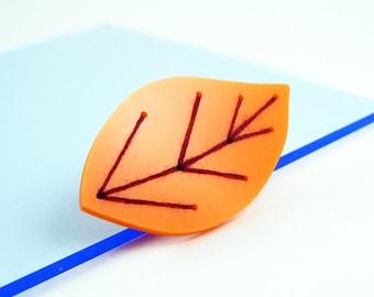 Embroidered Acrylic Leaf Brooch (Orange)