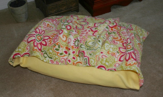Sweet Floral Bella Pet Bed Cover for Dog or Cat - Machine Washable - FREE Shipping Soft Fleece Burrow Snuggle Bed Cover - bellapetbeds
