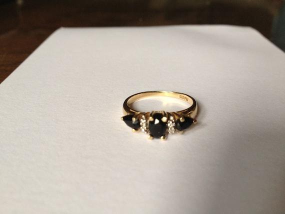 Estate Yellow Gold & Sapphire Ring