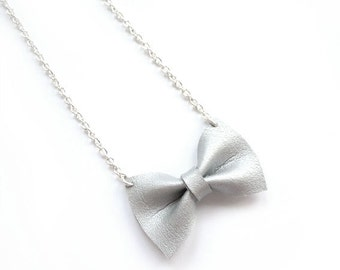 SILVER BOW NECKLACE