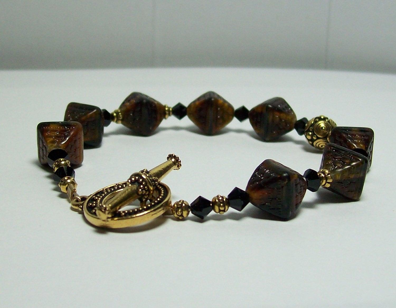 chocolate czech glass bracelet chocolate brown diamond shaped. Black Bedroom Furniture Sets. Home Design Ideas