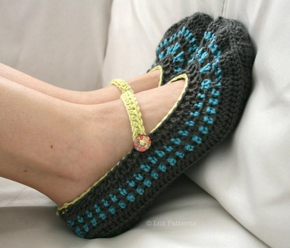 Crochet pattern home shoes women mary jane crochet by luzpatterns