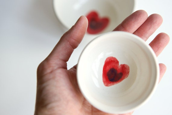 Nesting Bowls in White- Red Heart Design- Set of 2 by RossLab
