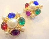 Round Multi Colored Stones and Pearl Clip On Earrings