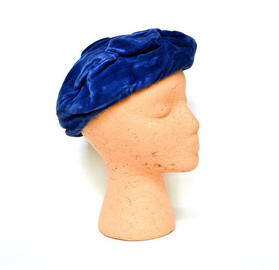 Vintage 50s Royal Blue Velvet Beret Hat