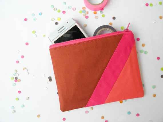 """Small zipper pouch 4,7""""X6"""" geometry color block in caramel, hot pink and coral"""