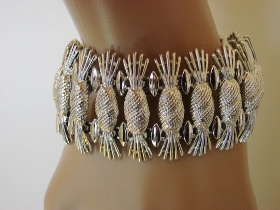 REDUCED...Sarah Coventry Vintage Bracelet (Wide, CHUNKY, Textured)