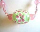 Necklace Green & Pink Floral Flower Handmade Glass Bead and Pink Frosted Bead seed bead necklace
