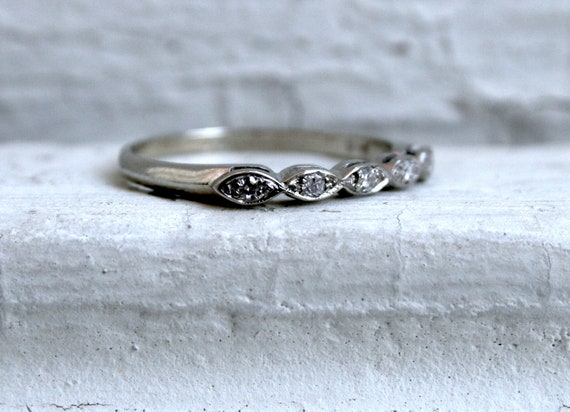 Beautiful Vintage 14K White Gold Diamond Wedding Band with Marquise Shapes.