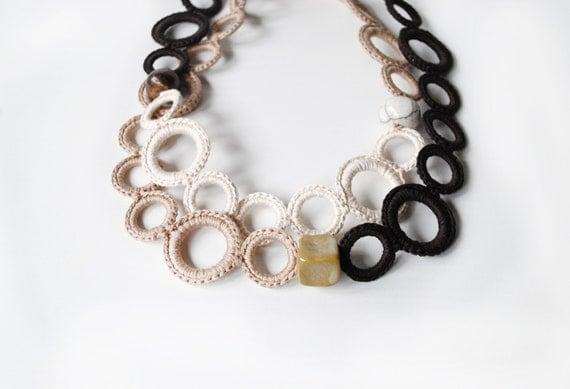 Statement fiber necklace / Brown Cotton / Fiber necklace whit ceramic beads / Textile jewelry / Statement jewelry / Fall Fashion / Fiber ar