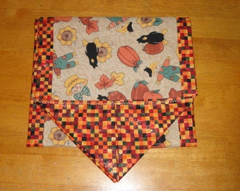 Scarecrow Table Runner for Fall Autumn Thanksgiving Decorating by Sew Practical, Mom and Pop Craft