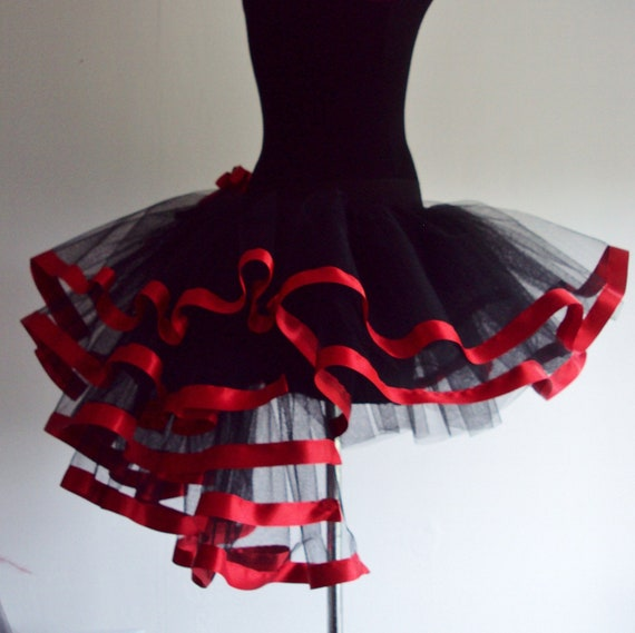 RED  Black tutu skirt Burlesque  size U.S. 4 - 10 U.K. 6 - 12