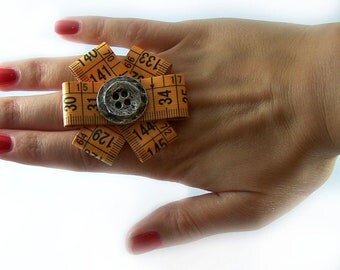 SALE Handmade ring with original metro fashion and vintage button