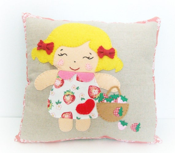 Childrens Pillow - Applique Pillow - Girls Pillow - Girls Bedding