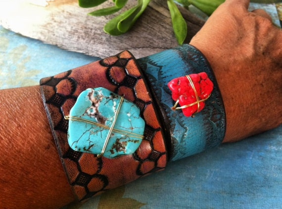 Reserved for Maria / large leather band with turquoise dyed howlite.