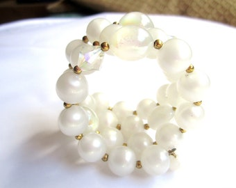 Memory Wire Pearl Bracelet, 1950s Vintage Jewelry SPRING SALE