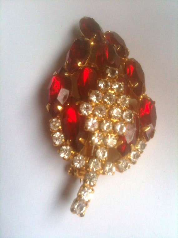 Ruby Red Rhinestone Brooch and Earrings 1950s Vintage Jewelry
