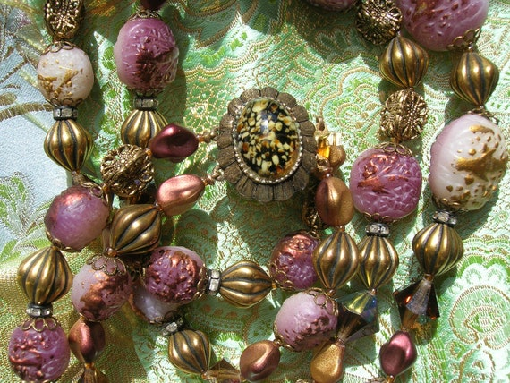 Vintage 1950s Purple Bead Necklace Costume Jewelry Art Stone Clasp Filagree Crystal Rhinestone Roundels Copper Gold Textured Mad Men