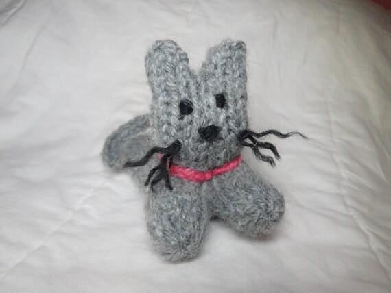 Purr-fect Pocket Kitty, Hand Knit Kitty Toy, Little Gray Kitten, Tiny Cat by Girlpower
