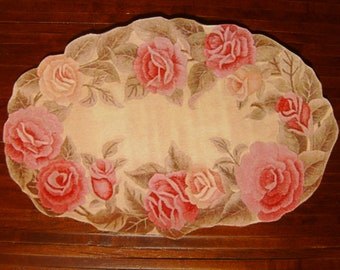 "Dollhouse Miniature Romantic Shabby Chic ""Hooked"" Rug, Blushing Rose, Scale One Inch"