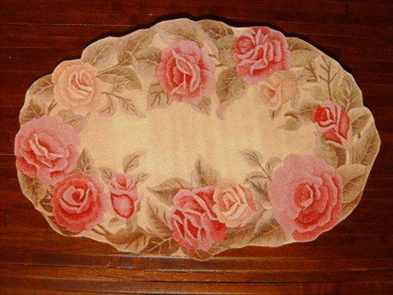 """Dollhouse Miniature Romantic Shabby Chic """"Hooked"""" Rug, Blushing Rose, Scale One Inch"""