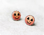 Halloween stud earrings, stud earrings, pumpkin earrings, Halloween pumpkin earrings, Orange jewelry, Orange earrings, tiny earrings /STD12