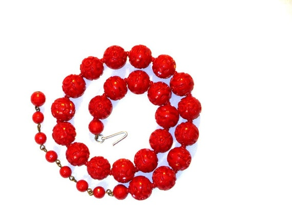 Vintage Red Lucite Carved Rose Necklace, 1970s, Retro