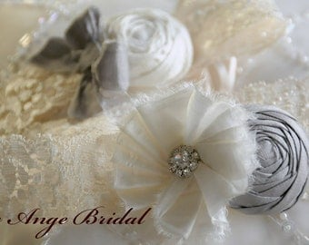 SILK Wedding Garter Set in Silver and Ivory / Vintage garters / Lace garters/ Bridal garter/ Ivory garter