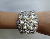 Katia Swarovski crystal and pearl bridal  bangle