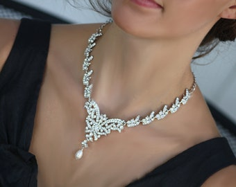 Victorian Romantic Swarovski crystal bridal necklace and earrings set
