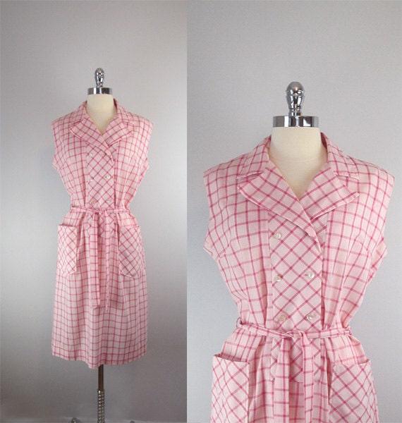 1950s dress / shirtwaist dress / day dress / checkered / pink / plus size